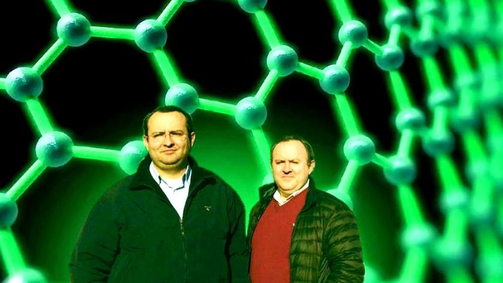 Foto: Los hermanos Martínez Rovira: Martín (izquierda), cofundador y CEO de Graphenano, y José Antonio, cofundador de la firma murciana. (Foto: EFE/Montaje: Enrique Villarino)