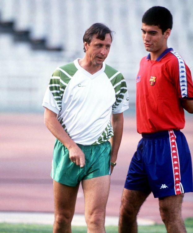 Foto: Guardiola, con Cruyff. (Imago).