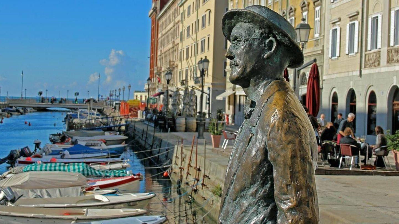 Estatua de James Joyce en Trieste.