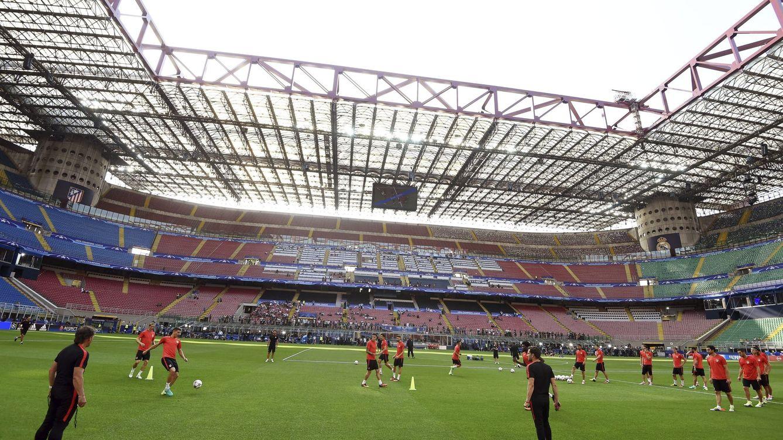Foto: El escenario de la final (EFE Daniel Dal Zennaro).