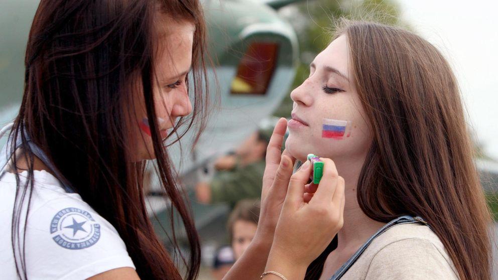 Una joven rusa se dispara en la cabeza haciéndose un 'selfie' con una pistola