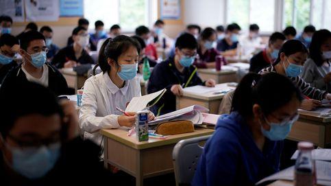 La vuelta al cole en Wuhan de más de 70.000 alumnos tras la pandemia