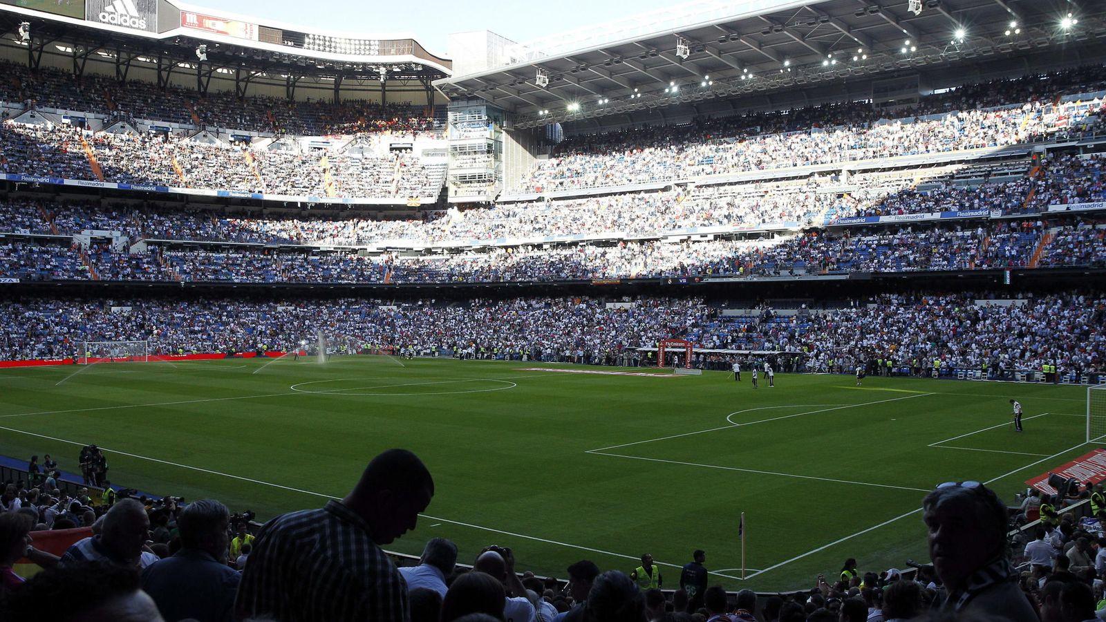 Clásico Real Madrid - Barcelona  ¡Entradas para el Clásico a euro! Así de  fácil es piratear un abono en el Madrid-Barcelona 64b01353876