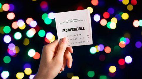 Gana 2 millones a la lotería el mismo día que se da un golpe con su coche nuevo
