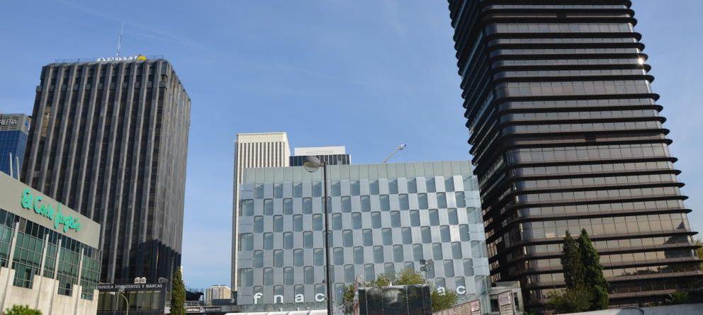 Foto: La Torre Saint Gobain, al fondo, es uno de los rascacielos del complejo de Azca.