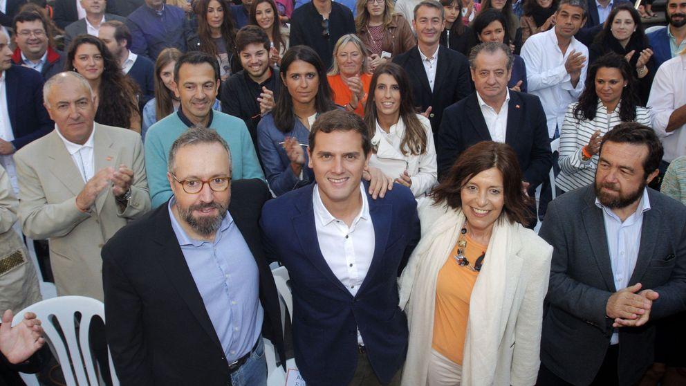 Rivera dice que Rajoy ha perdido su autoridad tras el caso de Rita Barberá