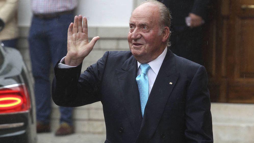 Foto: El rey Juan Carlos, en una boda en Granada.