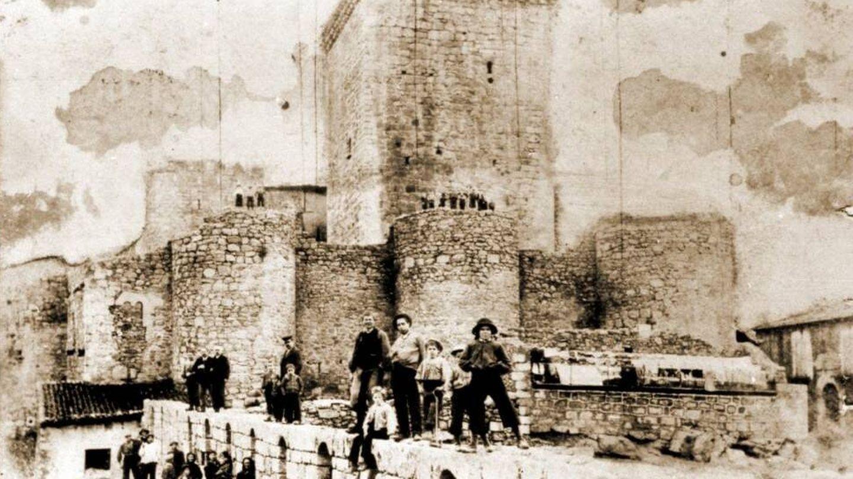 El castillo, a principios del siglo XX (Fuente: Patrihum Casmi)