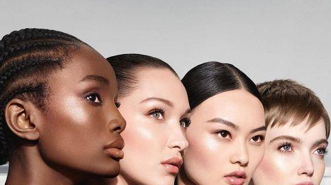 ¿Dorado o plateado? El maquillaje glow y natural de las fiestas, de Dior a Givenchy