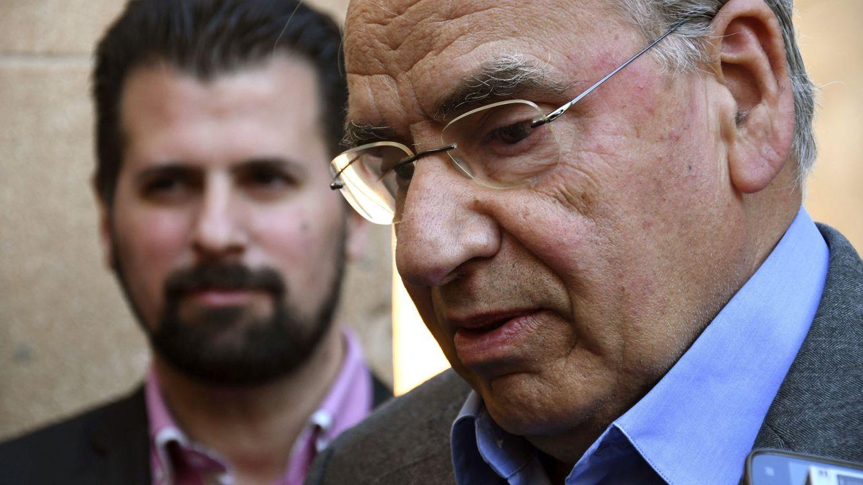 Foto: Alfonso Guerra en una conferencia en Segovia. (EFE)