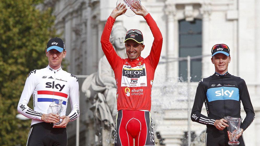 Foto: El podio de la Vuelta a España 2011, con Wiggins (i), Cobo (c) y Froome. (EFE)