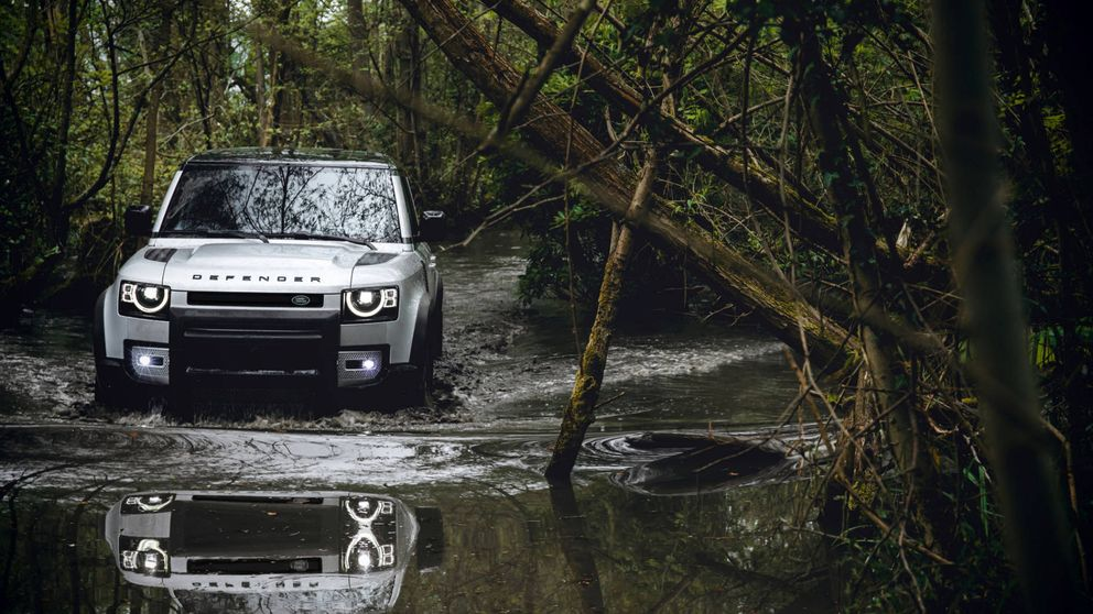 El cambio del Land Rover Defender, de coche de trabajo a modelo para aventureros