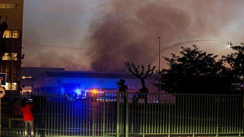El incendio en el museo de Seat de Barcelona que pone en peligro reliquias españolas