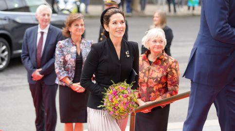 Mary de Dinamarca brilla en la apertura del Parlamento con la falda plisada ideal