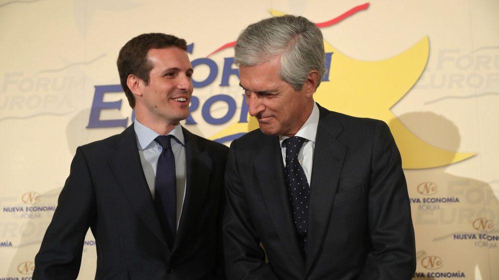 Foto: Pablo Casado junto a Adolfo Suárez Illana. (EFE)
