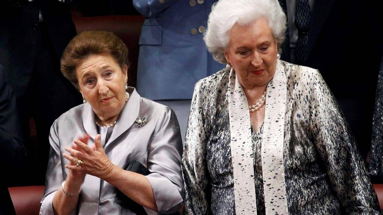 El cariño de Juan Carlos, la tensión con Sofía, la pérdida de Alfonsito: radiografía de dos infantas