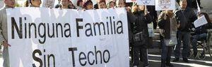 Foto: El Gobierno aprobará hoy paralizar los desahucios a rentas por debajo de 19.000 euros