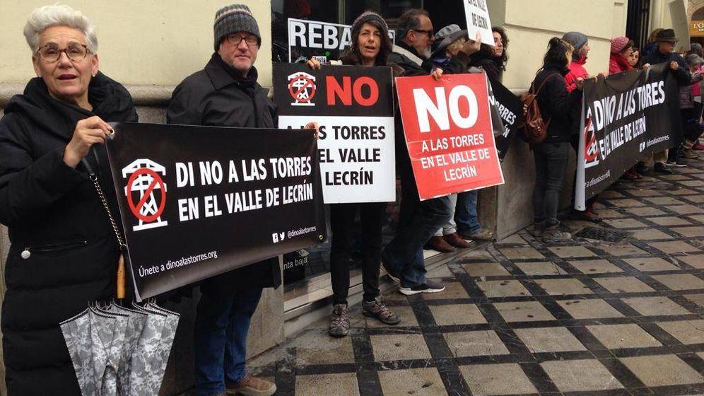Foto: Miembros de La Coordinadora protestan en Granada. (Laurence Seidler)