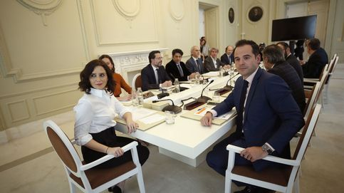 Madrid sufragará marzo y abril a sus autónomos y financiará 150 millones