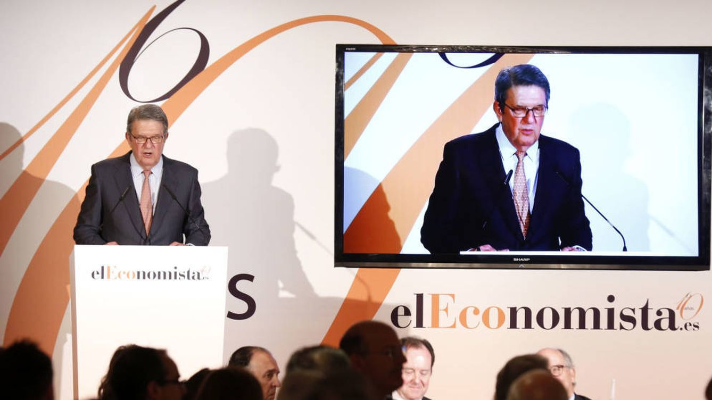Muere Alfonso de Salas, presidente de 'El Economista' y cofundador de 'El Mundo'