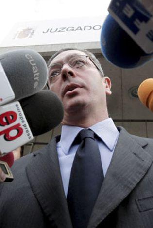 Foto: Gallardón se limita a expresar su respeto por el fallo que condena a Losantos