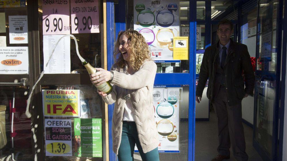 Foto: Los loteros piden a Rajoy que suprima el gravamen del 20 % de la Lotería de Navidad