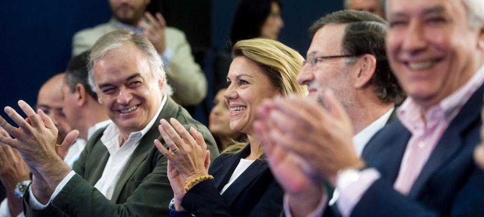 Foto: Esteban González Pons, en el centro de la imagen, será el número dos de la lista europea del PP (Efe).