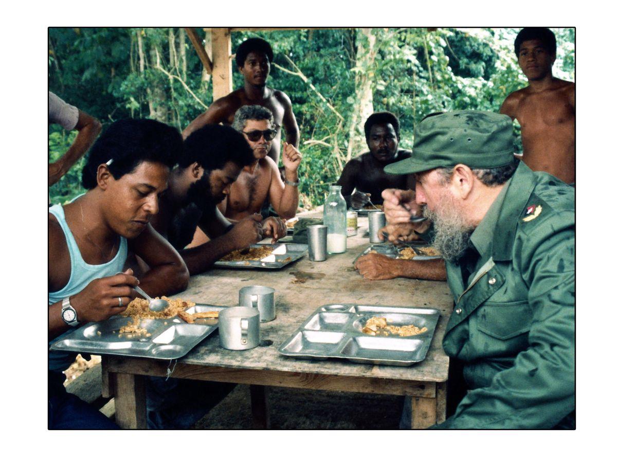 Foto: Fidel Castro, en un campamento de trabajo. (EFE)