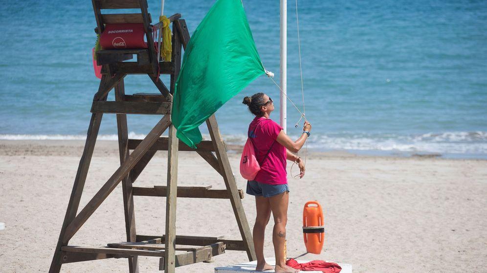 Foto: Muere una menor en una playa de Tarragona (Efe)