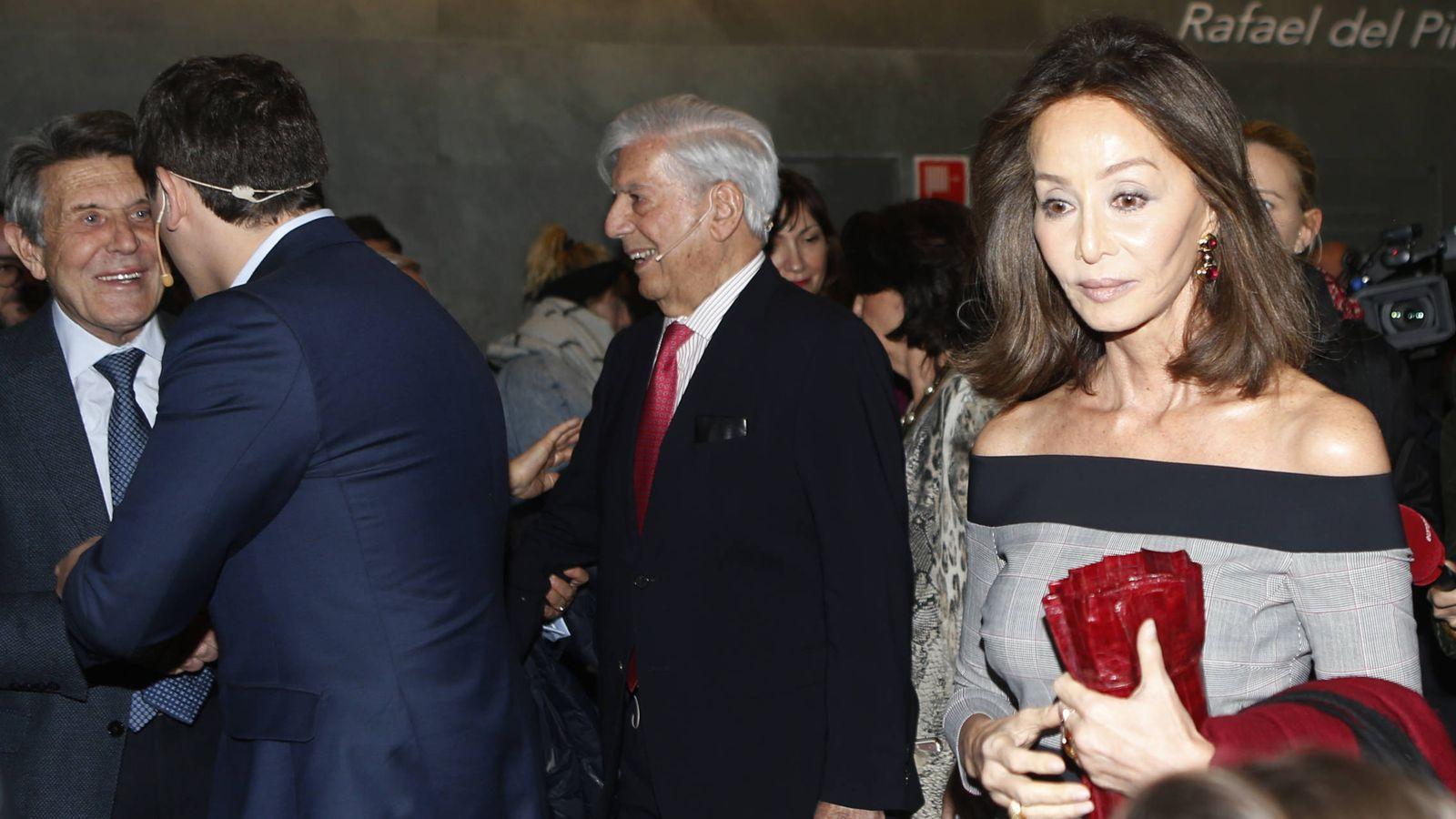 Foto: Isabel Preysler durante la presentación del libro de Mario Vargas Llosa. (Gtres)