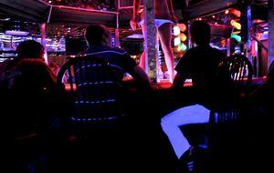 Dentro de la explotación de los clubes de 'striptease' de EEUU