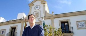 Foto: De agente del 'Grupo 7' a alcalde de ayuntamiento en bancarrota