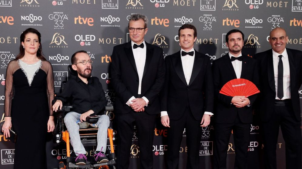 Foto: Pablo Echenique, Pablo Casado y Alberto Garzón, en la alfombra roja. (EFE)