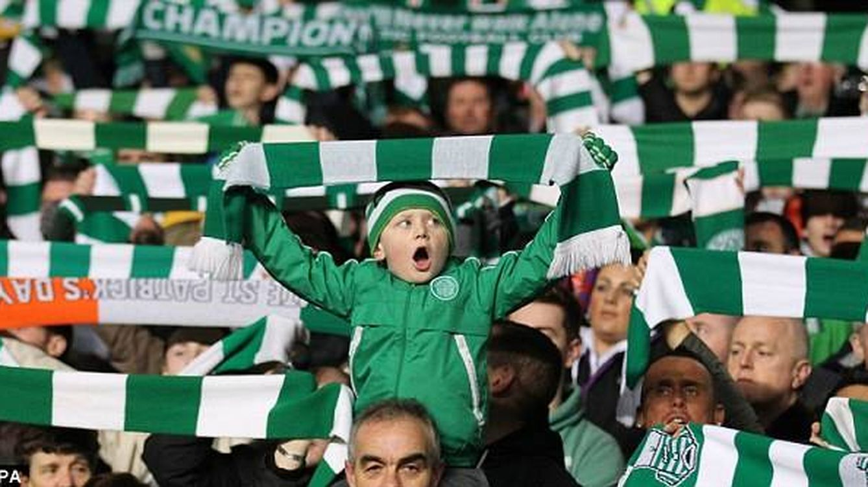 Los 'Celticsaurios' y el bus de la felicidad: pintas, tradición e idolatría por Messi