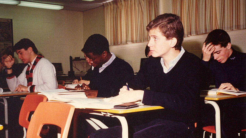 El príncipe Felipe, durante su época de estudiante. (RTVE)