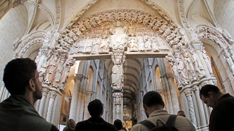 Foto: Vista del pórtico de la Gloria de la Catedral de Santiago. (EFE)