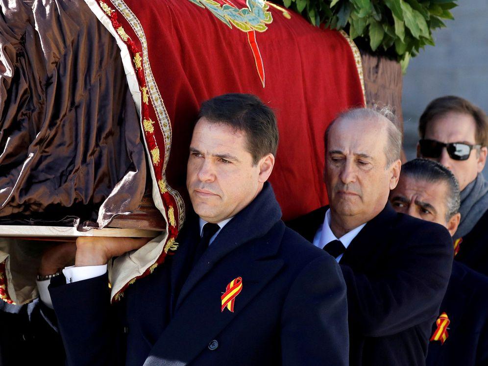 Foto: Luis Alfonso de Borbón, el jueves en el Valle de los Caídos. (Reuters)