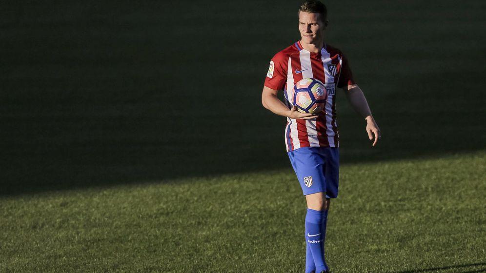 Foto: Gameiro le ha costado 32 millones al Atlético. Foto: Emilio Naranjo (EFE)