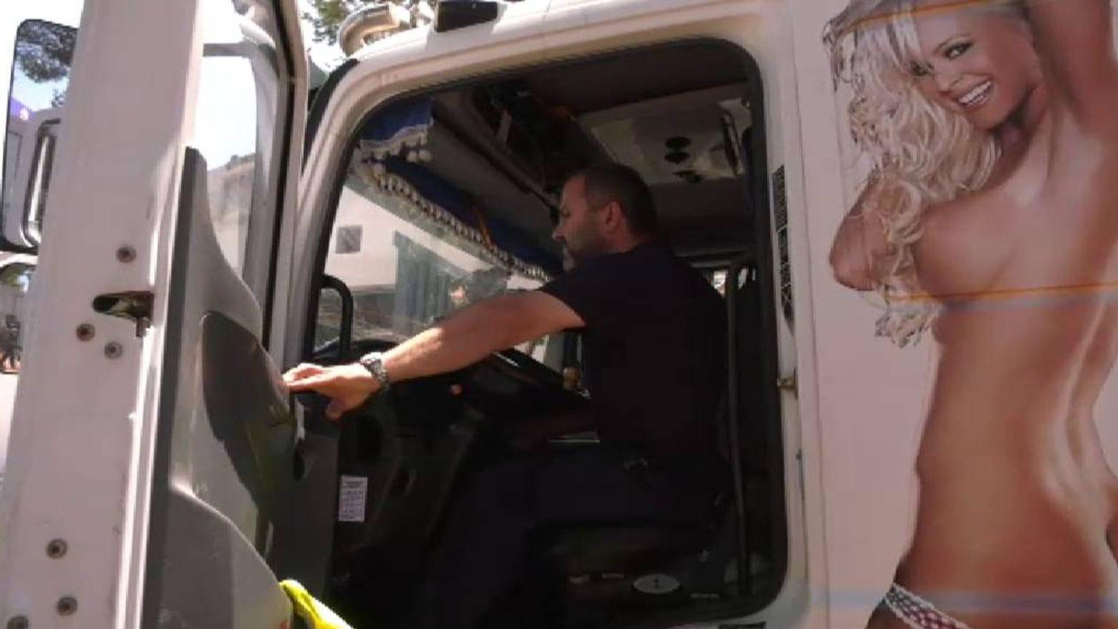 Virales El Camionero Condenado Por Llevar La Imagen De Una Mujer