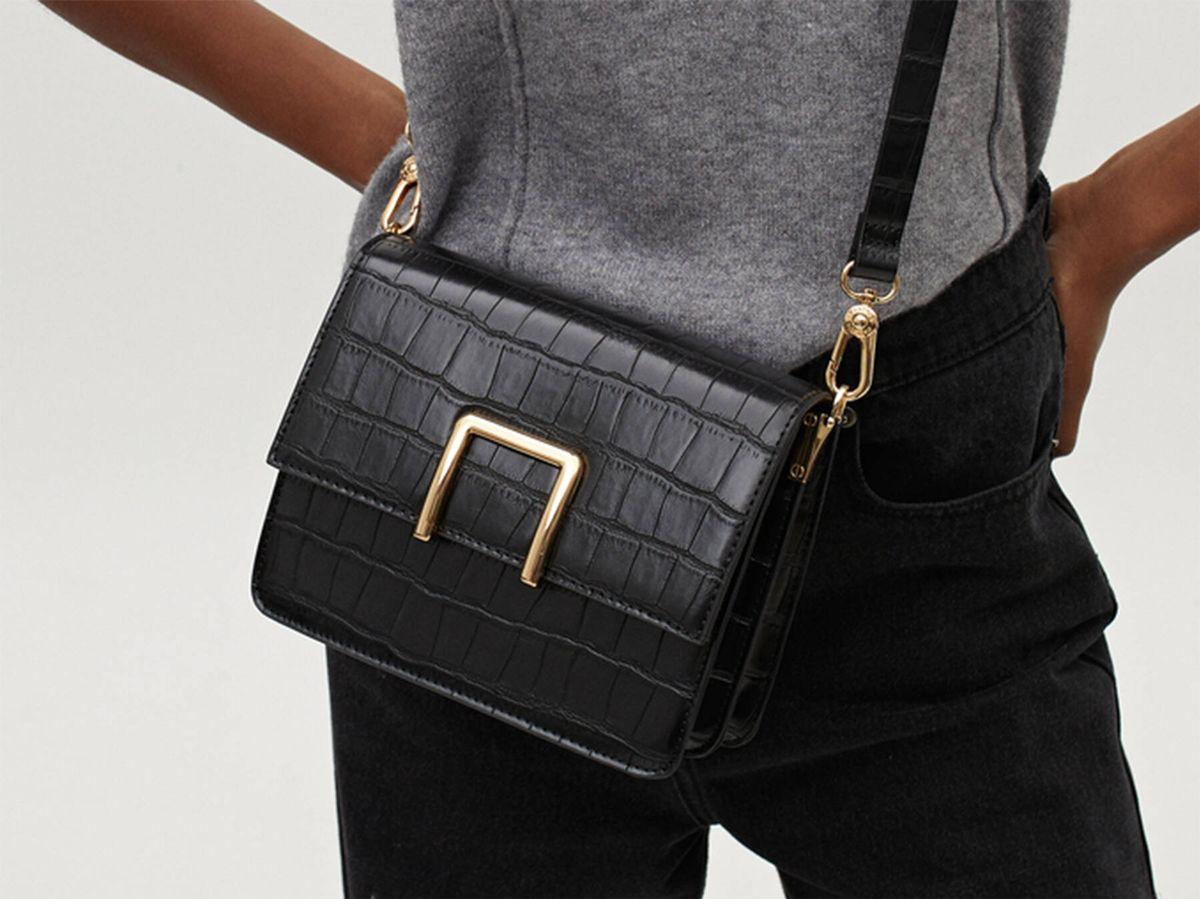 Foto: Parfois tiene en su sección de artículos rebajados, varios bolsos perfectos para el otoño-invierno. (Cortesía)
