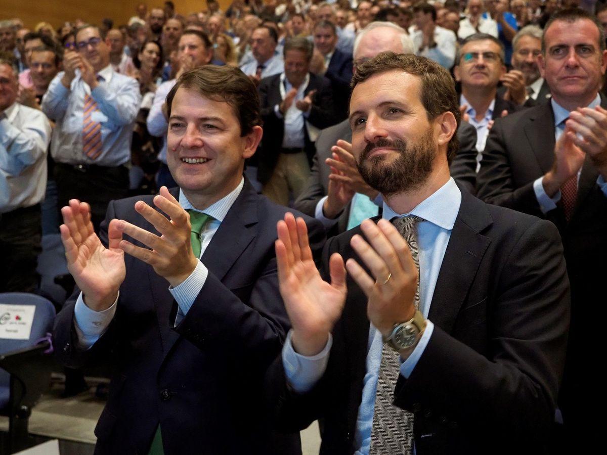 Foto: Pablo Casado y el presidente de Castilla y León, Alfonso Fernández Mañueco. (EFE)