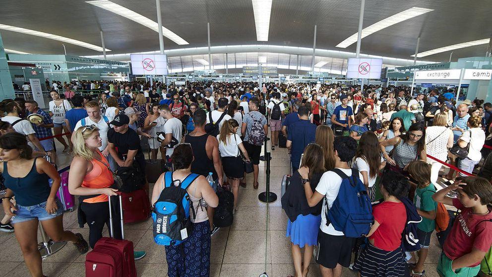 Envolvente de huelgas en Semana Santa: paros en trenes y aeropuertos