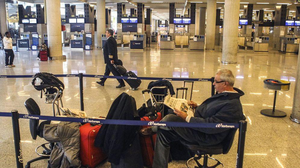 Foto: El Aeropuerto de Son San Joan en Palma de Mallorca durante la huelga de diciembre del 2010. (EFE)