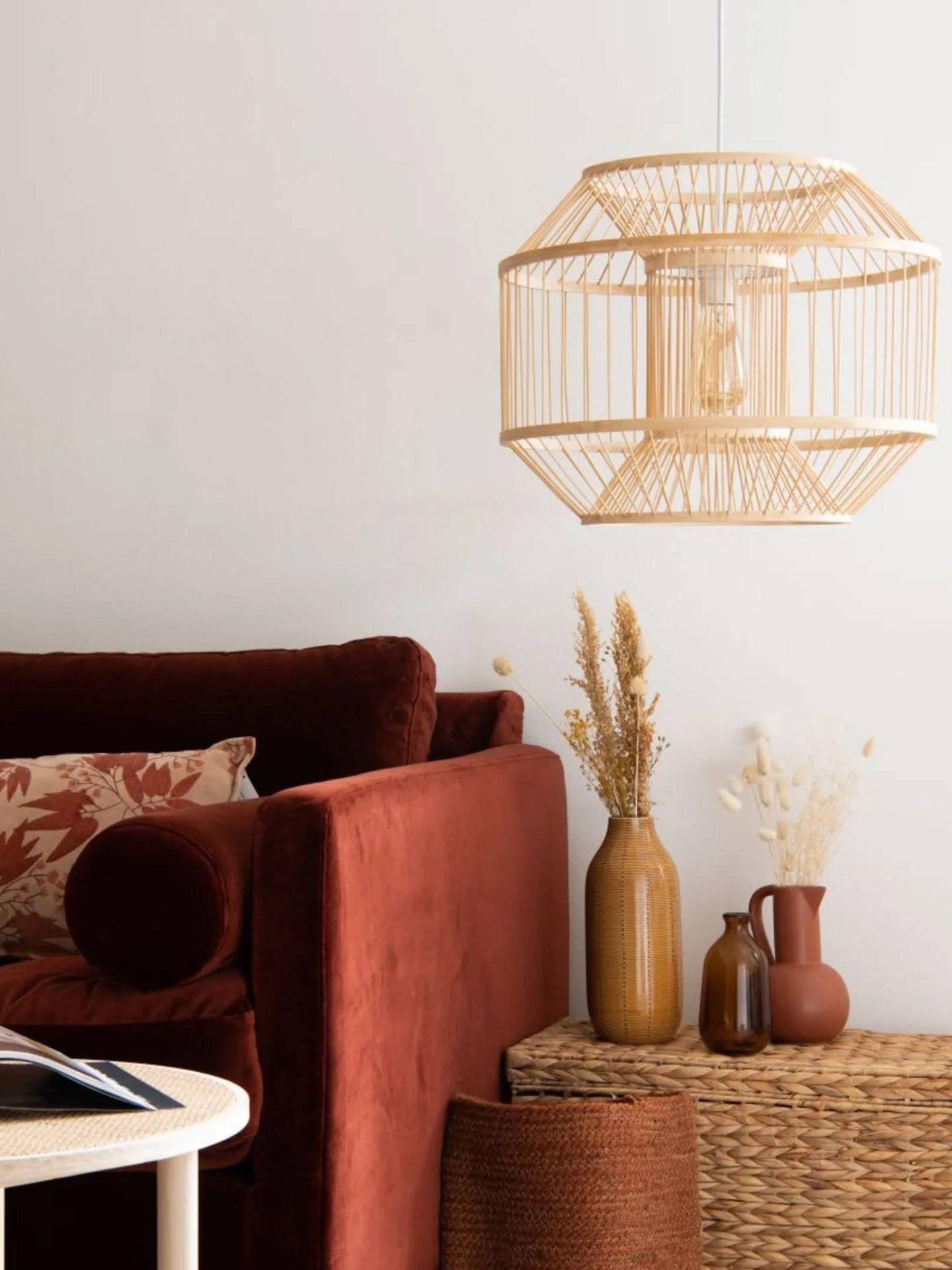 Lámparas de techo en Maisons du Monde. (Cortesía)