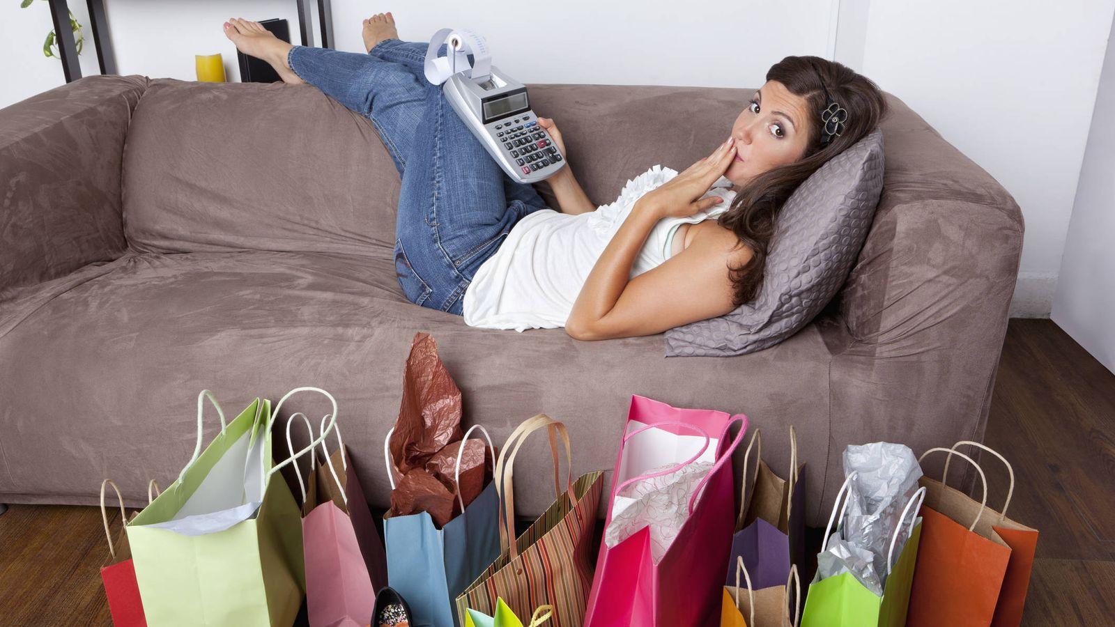 Foto: Si alguna vez te has arrepentido de una compra compulsiva, aquí tienes los porqués. (iStock)