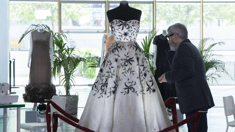 Vestido del diseñador Pedro Rodríguez en 'Maestros de la costura'. (TVE)