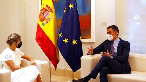 Sánchez se vuelca con la juventud para taponar el crecimiento de la vicepresidenta