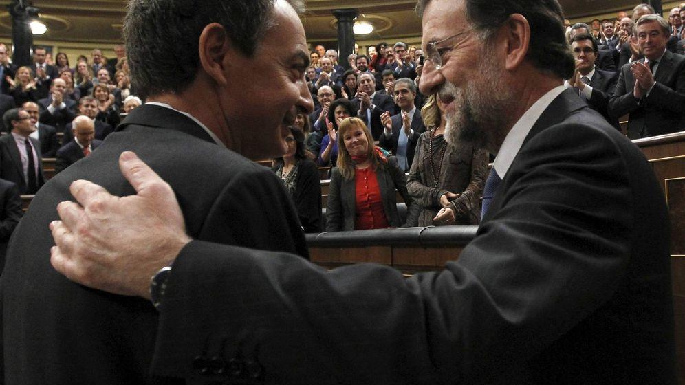 Foto: El expresidente José Luis Rodríguez Zapatero (i) junto al actual jefe del Ejecutivo, Mariano Rajoy. (EFE)