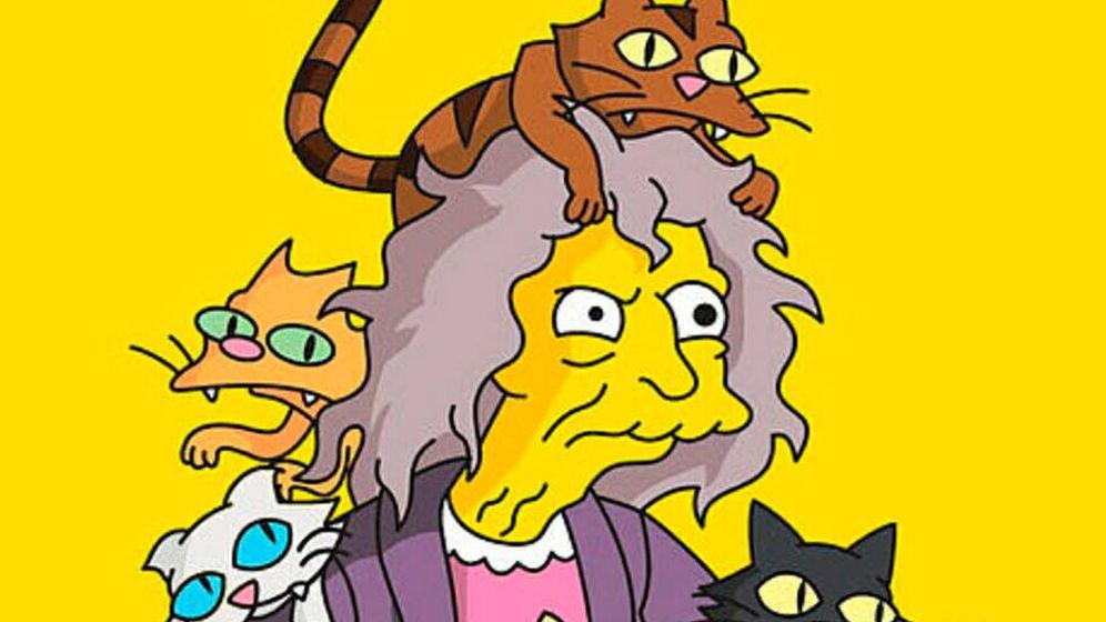 Foto: El persona de 'la loca de los gatos' que se ha hecho popular con Los Simpson (Foto: YouTube)
