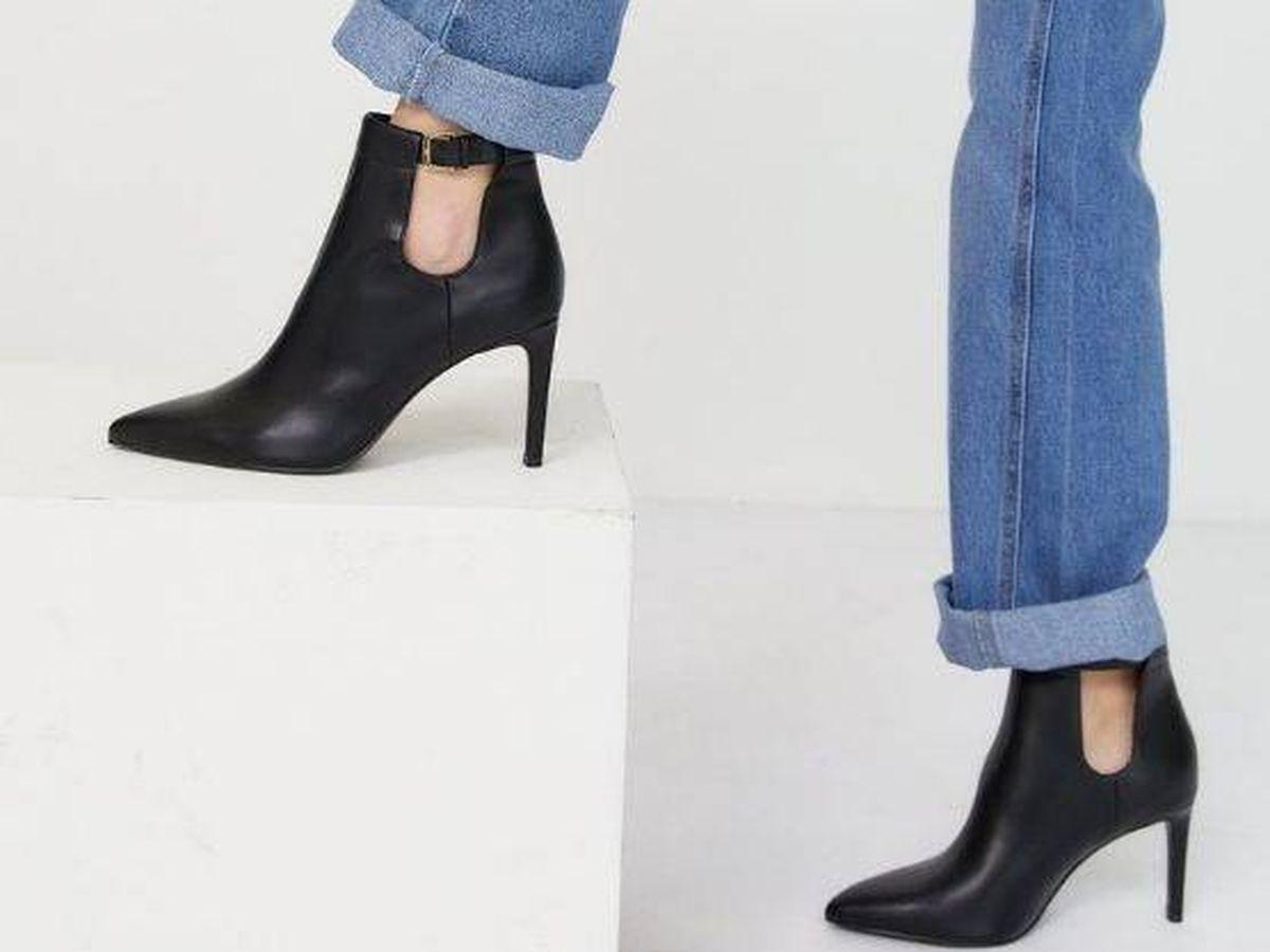 Foto: Zapatos de tacón de Stradivarius. (Cortesía)